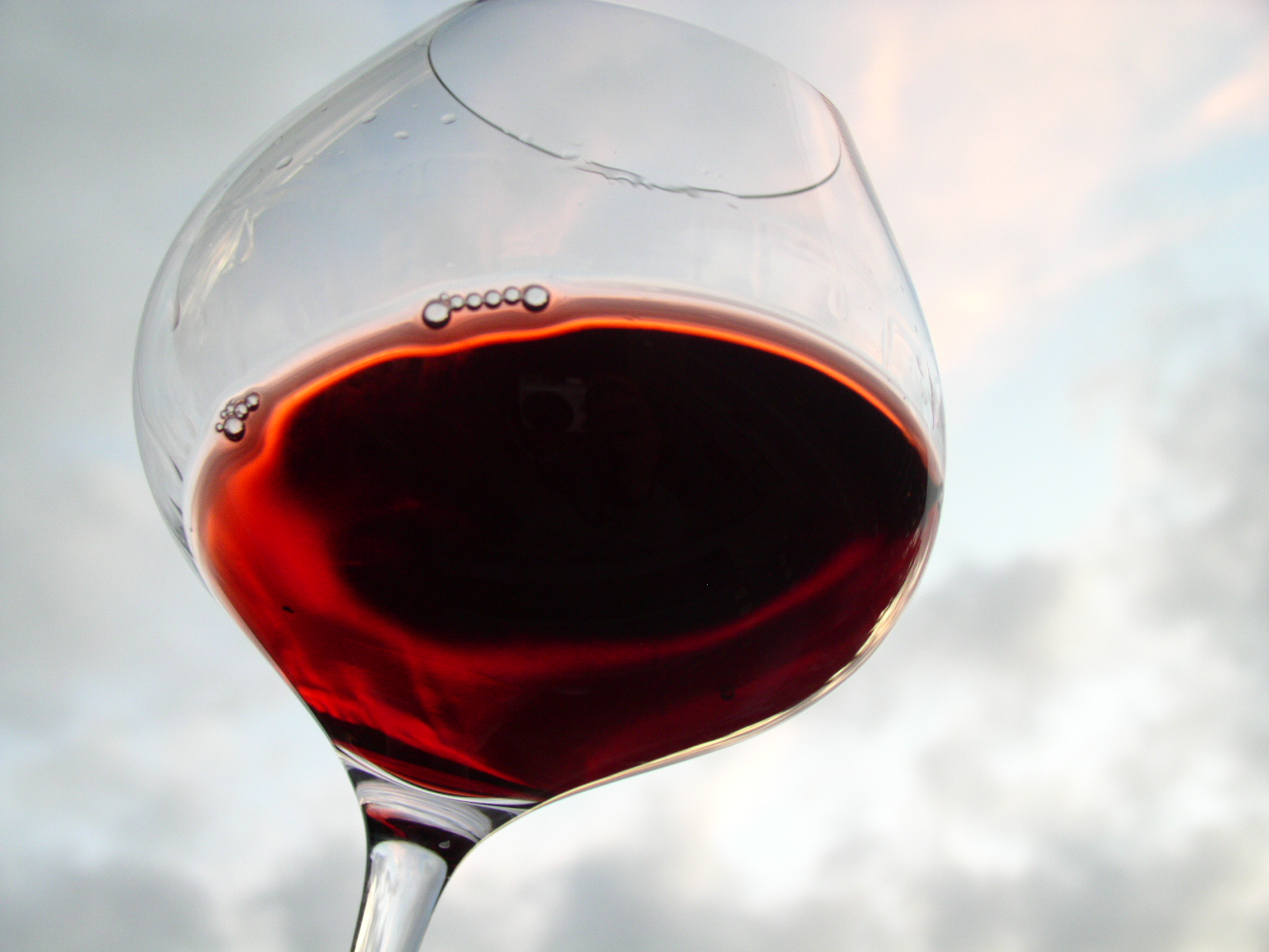 Pinot_Noir_In_Glass
